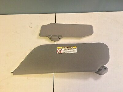 Used Oem 00-01 Ford Excursion Gray Passenger Side Sun Visor Sunvisor Illuminated