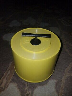 Vintage 45 RPM Record Storage Case TOTE 45 YELLOW Plastic 1970s Beauty!