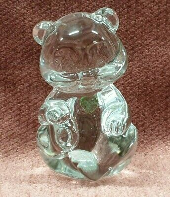 Fenris Crystal Bear Ornament With Green Crystal Heart