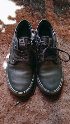 Adidas (leather) shoes kids us5