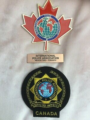 International Police Association enamelled Canadian wall plaque and badge