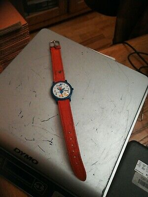 Vintage 1980s Lorus DONALD DUCK Childrens Watch Red Leather Strap Blue Case