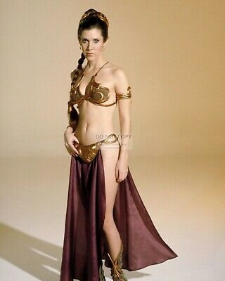 """Carrie Fisher As """"Princess Leia"""" Star Wars - 8X10 Publicity Photo (Mw164)"""