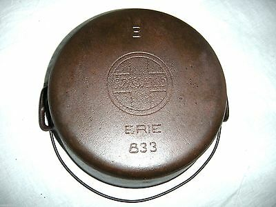 GRISWOLD SLANT LOGO NO. 8 DUTCH OVEN, CRACKED PITTED 833, clean cast iron #8 pan