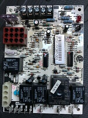 Source 1 York 031-01267-001A P031-01267-001 Furnace Control Board