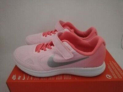 Girls Nike Revolution 3 (Psv) Trainers Size 2.5 New & Boxed 819417 602