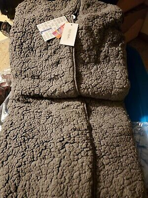 LuLaRoe Large Teddy Bear Jacket With Hood Solid Gray Sherpa Feel So Soft!