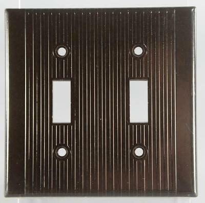 Vintage Leviton Bakelite Ribbed Two Gang Toggle Switch Plate 3909 Brown