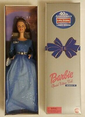 2000 Little Debbie SPECIAL EDITION 40th Anniversary Barbie NEW Series IV (4)