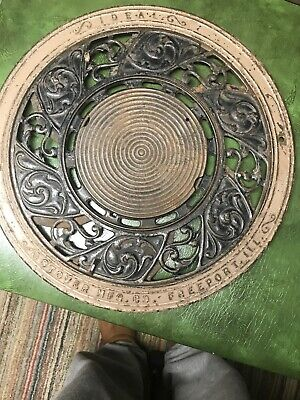 Antique Ideal Stover Mfg. Co. Freeport Ill Floor Grate