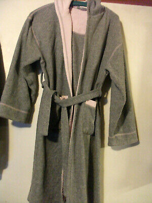 Kylie Dressing Gown hooded Grey-pink underside Age 11-12 Years Girls Fleece