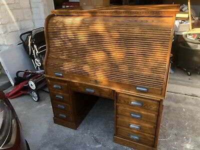 Solid Oak Roll Top Desk (local Pickup Only).  Really Nice, Modern Design