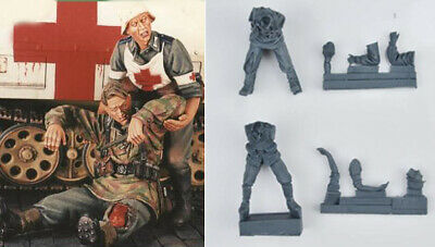 1/35 Resin WWII German Wounded Soldier & Nurse unpainted unassembled FY044