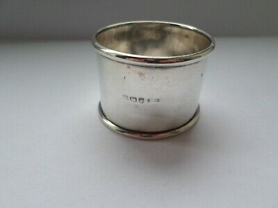 Antique hallmarked 1915 sterling silver napkin ring - 15.7 grams