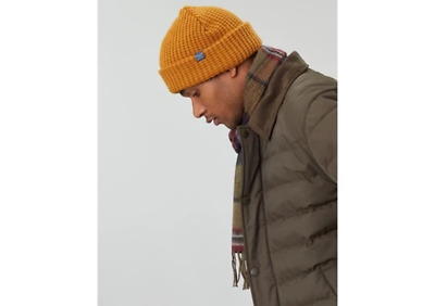 Joules Mens Bamburgh Hat Knitted Hat Black Thorn Mustard Yellow