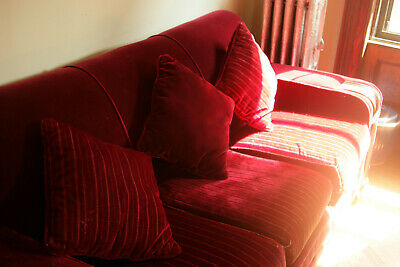 Art Deco wine mohair couch, reupholstered. Beautiful oak arms.Original cushions.