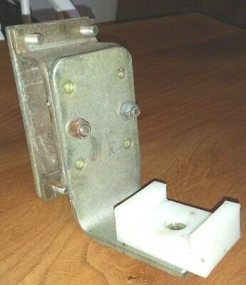 """Bulldog Stabilizer   Chassis Mount Angle Bracket    """"Clamp on""""   Caravan/Trailer"""
