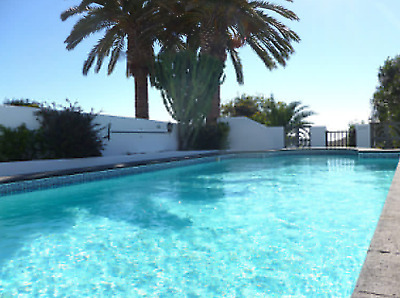 Villa for rental in Lanzarote with private pool, hot tub, games room and more