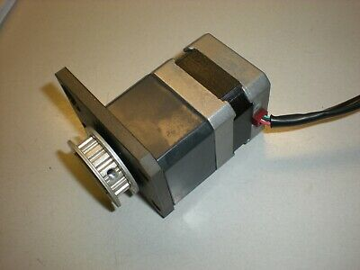 Vexta PK243A1-SG9 2-Phase Stepping Motor - 0.2 Degree Step - DC- 0.95A - 4.2 Ohm