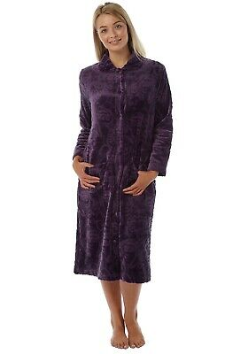 Ladies Embossed Fleece button up Dressing gown House Coat Aubergine 10-26