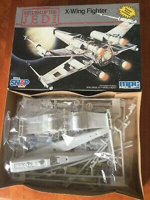 mpc - Star Wars X-Wing Fighter (Model Kit, BNIB)