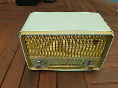 Philips Bakelite Model Radio