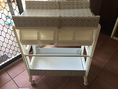 Baby Change Table With Bath