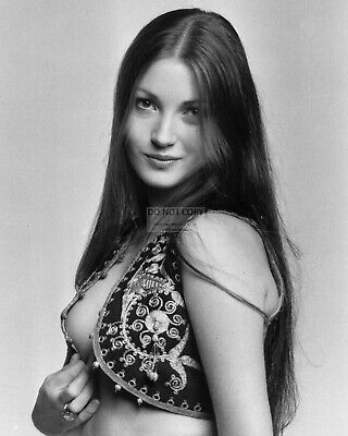 Actress Jane Seymour Pin Up - 8X10 Publicity Photo (Ww349)