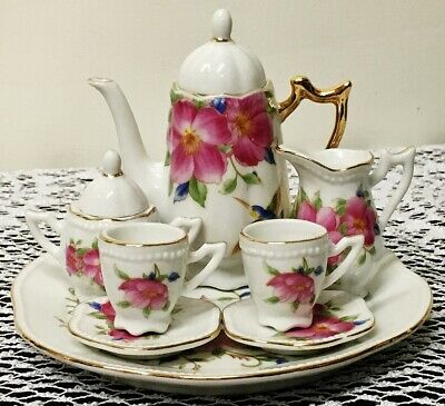 Collectible 10 pc Imported Fine Porcelain Miniature Tea Set with Humminingbirds
