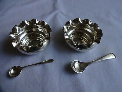 Pair Vintage Silver Plated Table Salt Dishes & 2 EPNS Spoons Walker & Hall