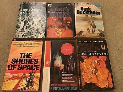 Vintage sci fi paperback books job lot (6)