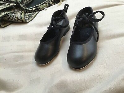 Capezio Girls Tap Shoes Size 8 Top Quality Metal Taps Immaculate Condition