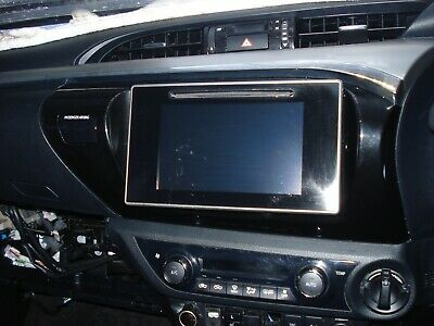 Sat/Nav/Stereo/Bluetooth Unit/Screen From Toyota Hilux Invincible X 2017