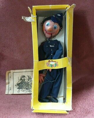 Vintage Pelham Sm6 Policeman Puppet String Marionette With Instructions & Box