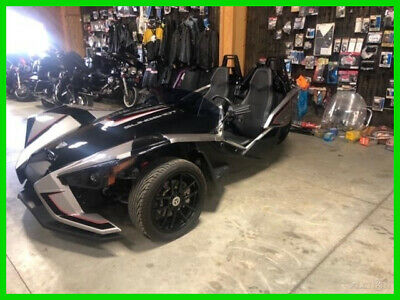 2017 Polaris SLINGSHOT POLARIS SLINGSHOT SLR 2017 POLARIS SLINGSHOT SLR ONLY 500 MILES LIKE NEW PERFECT (FREE SHIPPING)