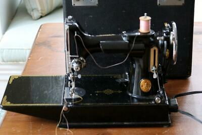 Vintage  Singer Scroll Face  Featherweight Sewing Machine  Model 221