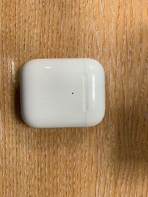 Apple Wireless Charging Case for AirPods Genuine For 1st & 2nd Gen AirPods
