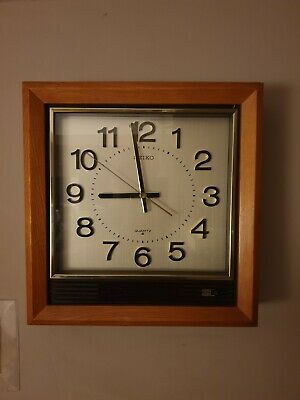 Seiko Vintage Dealer Style Wall Clock Sweep Second Hand Chime/Silent .
