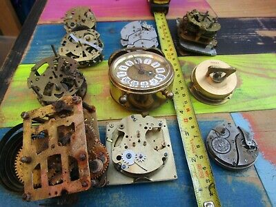10 Small Vintage Clock And Watch Movements. (Spares)