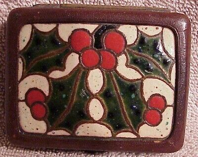 Antique Finnigans Enamelled Christmas Holly Leather Folding Travel Clock Watch