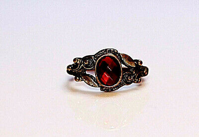 Antique Vintage Beautiful Gold Tone Metal Ruby Stone Look Like Ring Size10