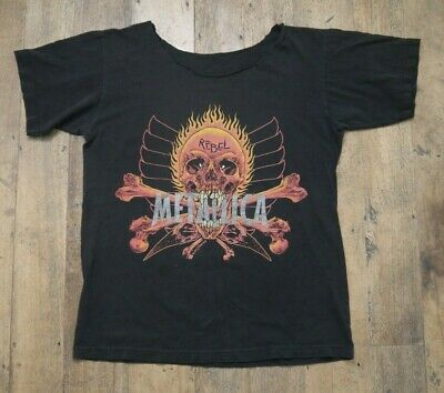 Vintage METALLICA 1997 Rebel Pushead Design Skull & Crossbones T-shirt L