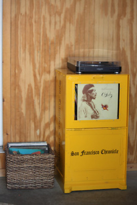 SF Chronicle Vinyl Record Stand