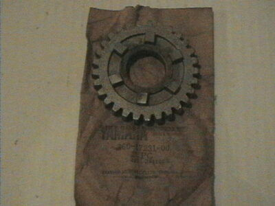 Genuine Yamaha 1973-1979 Rd250 Rd350 Rd400 Gearbox 3Rd Gear Wheel 360-17231-00