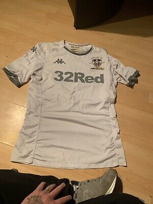 Size M Leeds United Home Shirt 2019/20 100 Years