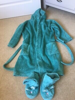 Girls Next Green Dressing Gown Age 9-10 and Slippers Size 2