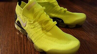 NIKE AIR VAPORMAX Flyknit Men's Size 10 VOLT/ BLACK