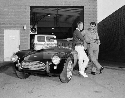 STEVE McQUEEN, CARROLL SHELBY AND A COBRA 289 ROADSTER CAR - 11X14 PHOTO (LG206)