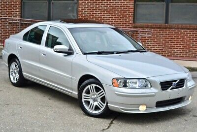 2009 Volvo S60  Metallic Silver Volvo S60 with 143,202 Miles available now!