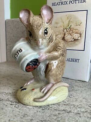 ROYAL ALBERT BEATRIX POTTER HUNCHA MUNCA SPILLS THE BEADS MINT NEVER DISPLAYEd